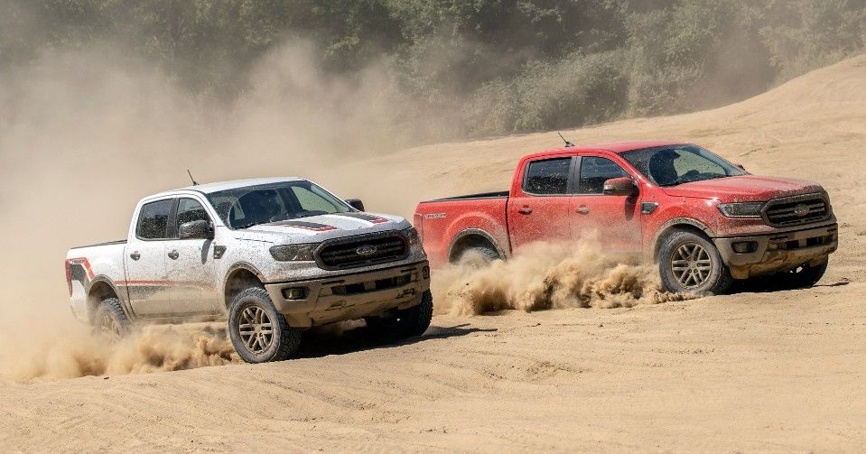 """Meeting up for """"Friendsmas"""" looks a little different when you both drive Ford trucks. 👀 What's your favorite place to do some off-roading? https://t.co/u359yr7ma6"""