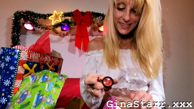 2 pic. The Gina Starr Christmas Movie CUMS out today on https://t.co/rSzYGZJrrV #GinaStarr #blondehotwife