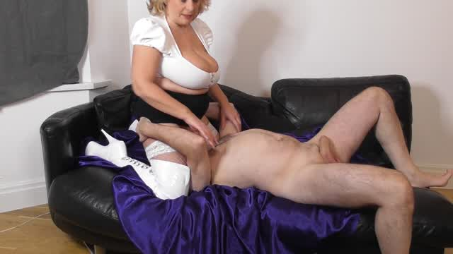 """I just added a new video! """"Fucking on the sofa in white boots"""" to @ap_clips! Check it out: https://t"""