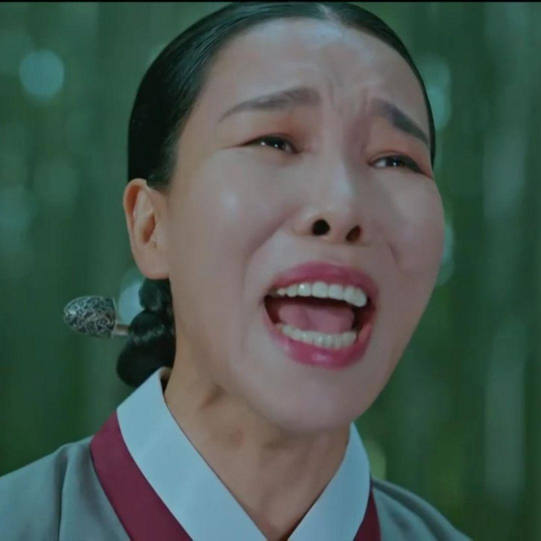 4 thánh meme khét tiếng màn ảnh Hàn: Nhìn ác nữ Seo Jin mà tưởng Penthouse là phim hài đấy! - Ảnh 16.