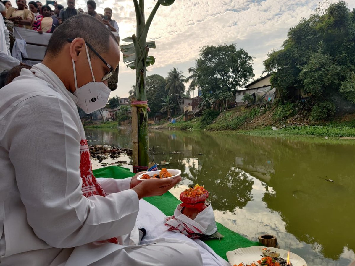 Day 9,10 and 11 of the #ShantiSadhbhavanaYatra took us to Udalguri, Dalgaon, Mangaldai, Nagaon, Karbi Anglong, Hojai and Morigaon. I have declared that till I complete my late father's ashes yatra on 12th January 2021 I will not issue any political statement in public.