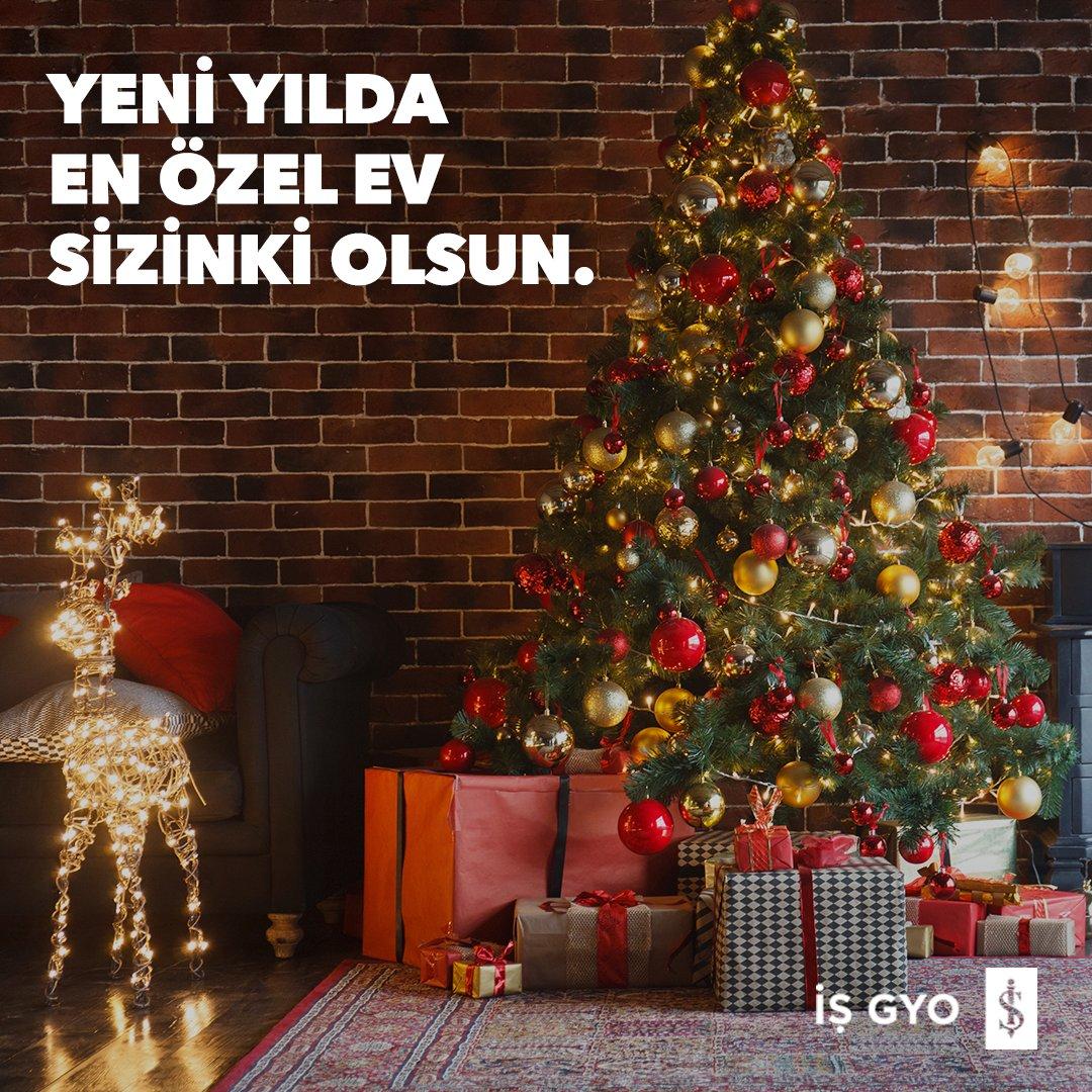 Yeni yıl temasını evinizde yaşatmak için mum ve led lambalar ile oturma alanlarınızı süsleyebilir, ev bitkilerinizi ya da kitaplarınızı kullanarak kendi özel yılbaşı ağacınızı oluşturabilirsiniz.  #işgyo#isgyo #yeniyıl #yılbaşıağacı https://t.co/uiK7c6F6Po