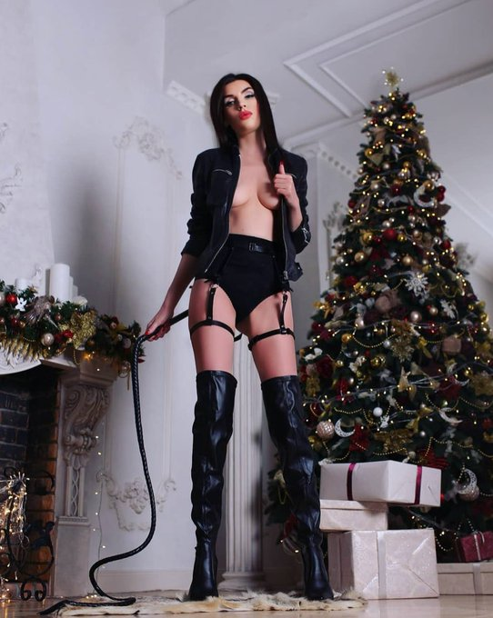 Winners of the Christmas photo contest on BongaCams! 🎅   The time has come to sum up the long-awaited