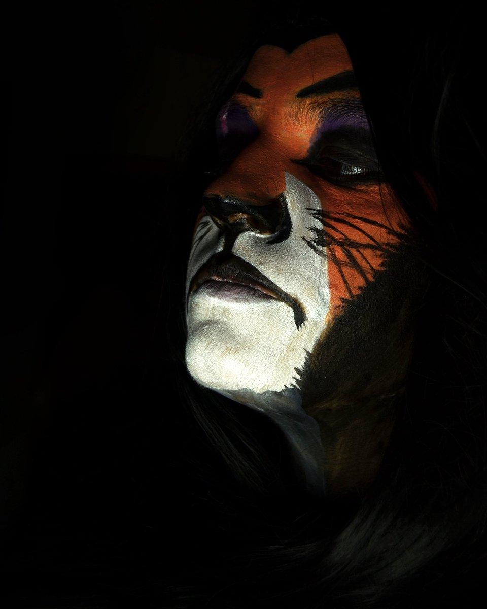 ¿No oleis a carroña Real?  . . . #Scar #scarlionking #lionking #reyleon #disney #Halloween2020 #Halloween #HalloweenEnCasa #HalloweenAtHome #HappyHalloween2020 #cosplay #makeup #makeoff #thisishalloween #villan #villano #villanodisney