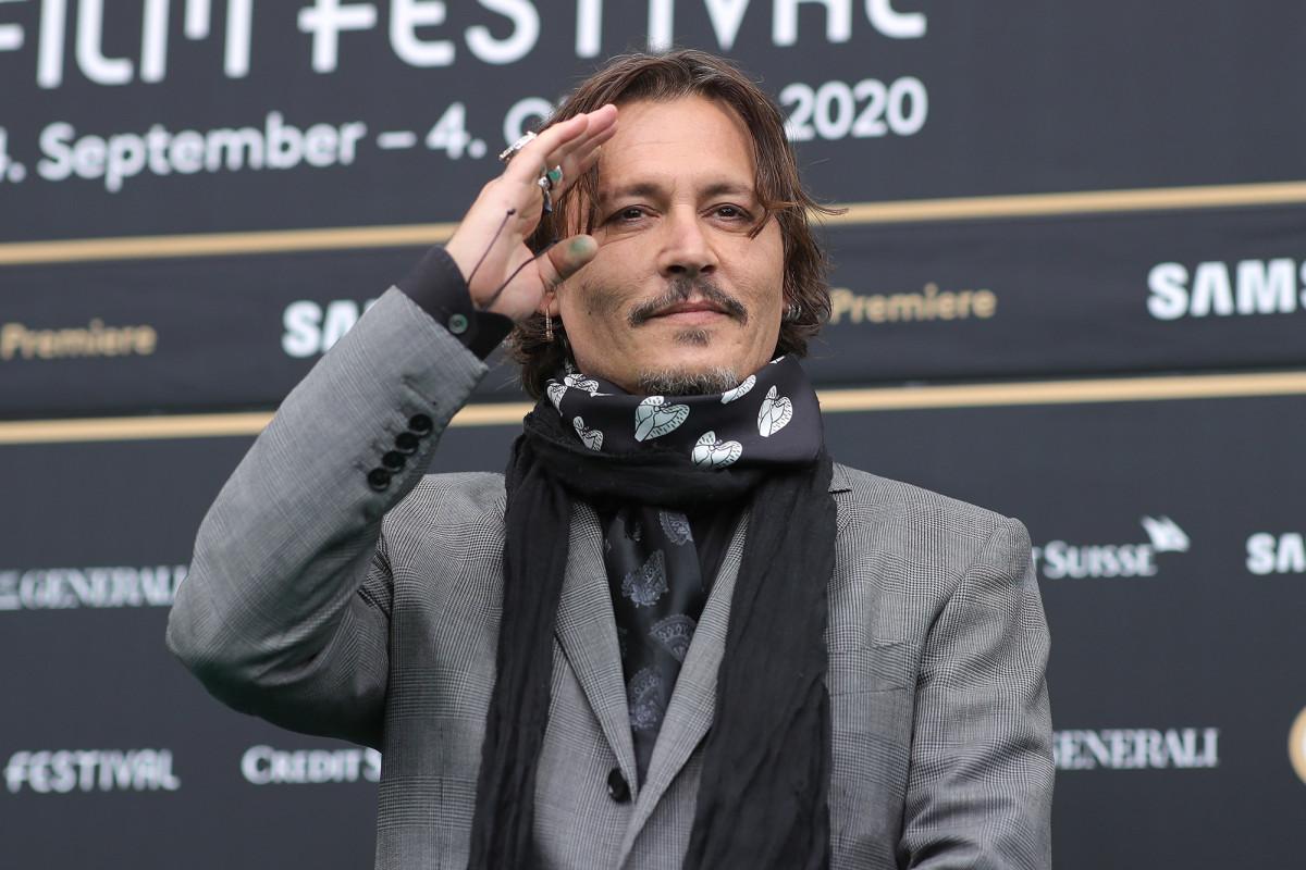 Johnny Depp tells fans he hopes for 'better times' in 2021