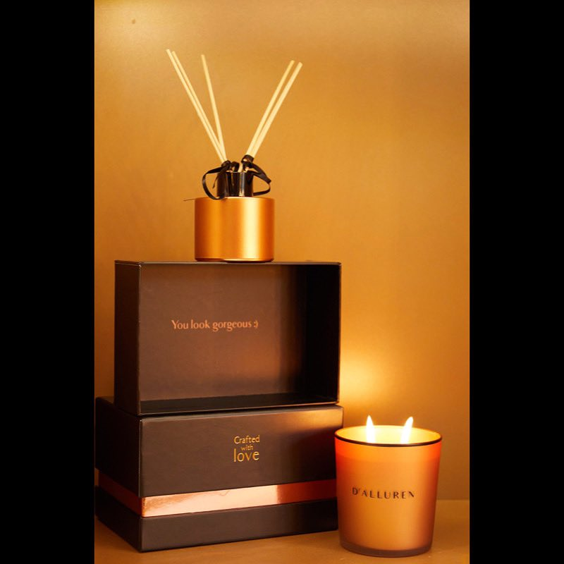#dalluren #scentedcandle #candle #candlelight #candleday #CandleLightingDay #scented #candlenights #candles