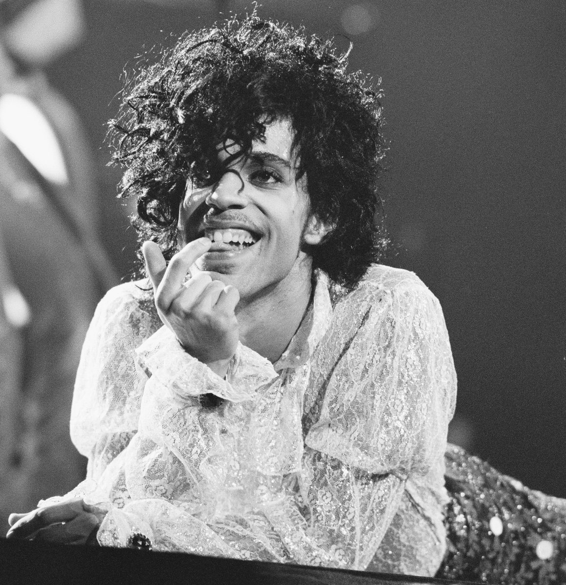 """As 2020 draws to a close, Prince's classic soundtrack """"Purple Rain"""" has once again entered the @billboard 200 at No. 161. This is the fourth time the album has climbed the @billboardcharts. In 1984, it spent 24 weeks at No. 1 and charted for a total of 122 weeks."""