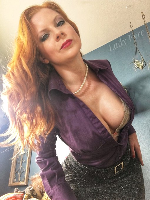 3 pic. Lady Fyre site members: I will be filming solo clips again in a week or two. If you have requests