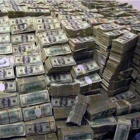 #URGENTE Encuentran $50 millones a Keiko Fujimori. Fortuna sería parte de los $6 mil millones que papá Alberto SAQUEÓ al estado Peruano. La información se dará a conocer en cualquier momento. Atentos. #fujimorismonuncamas https://t.co/lXqNvoT8ap