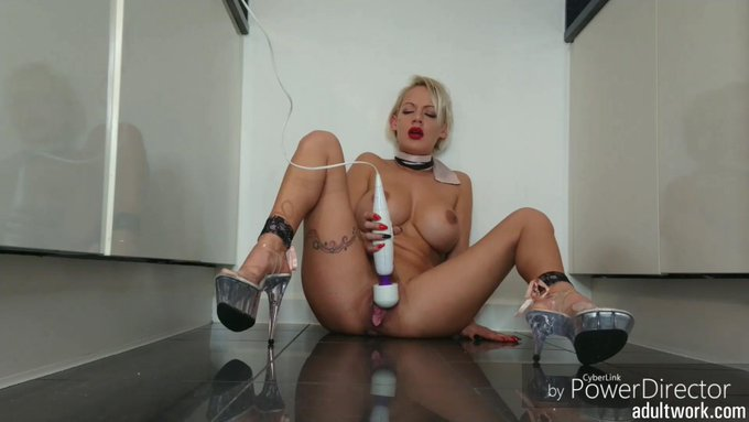 Another movie clip sold via #Adultwork.com! https://t.co/fCa0b5wPO9 Kitchen Floor Squirt https://t.c