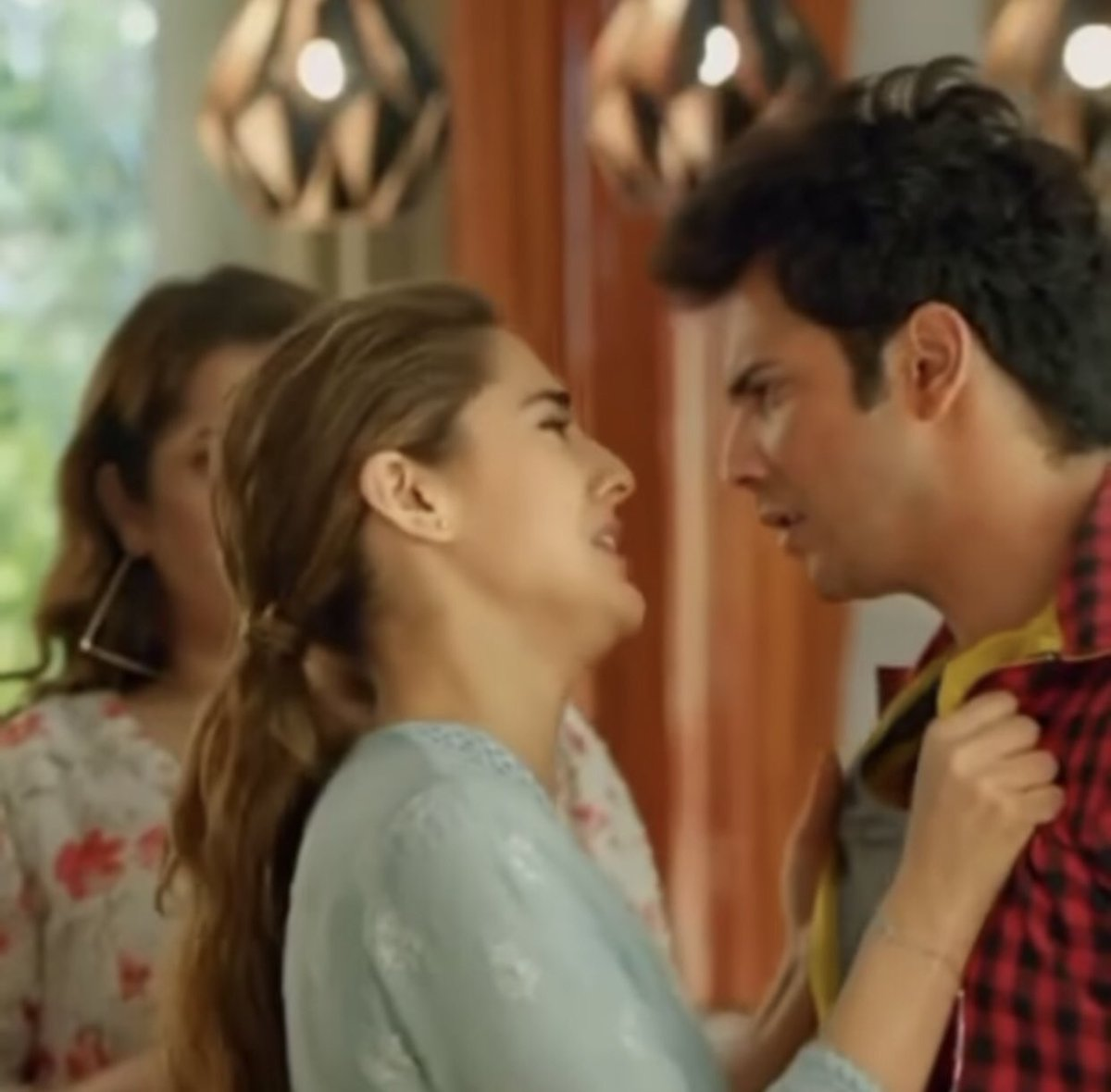 @Varun_dvn Institution of acting🎖Every award will be less for them...In fact,Awards should be named after them #CoolieNo1OnPrime #CoolieNo1Review