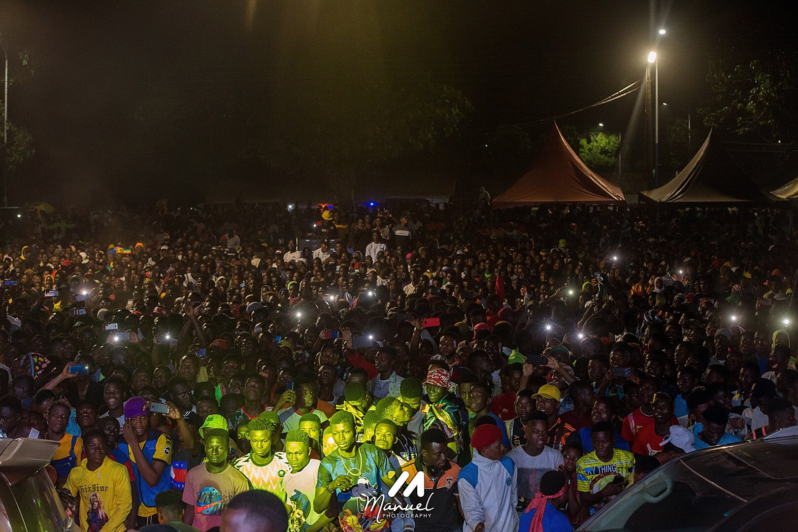Hohoe: Shatta Wale draws mammoth crowd at Peter Amewu's victory concert