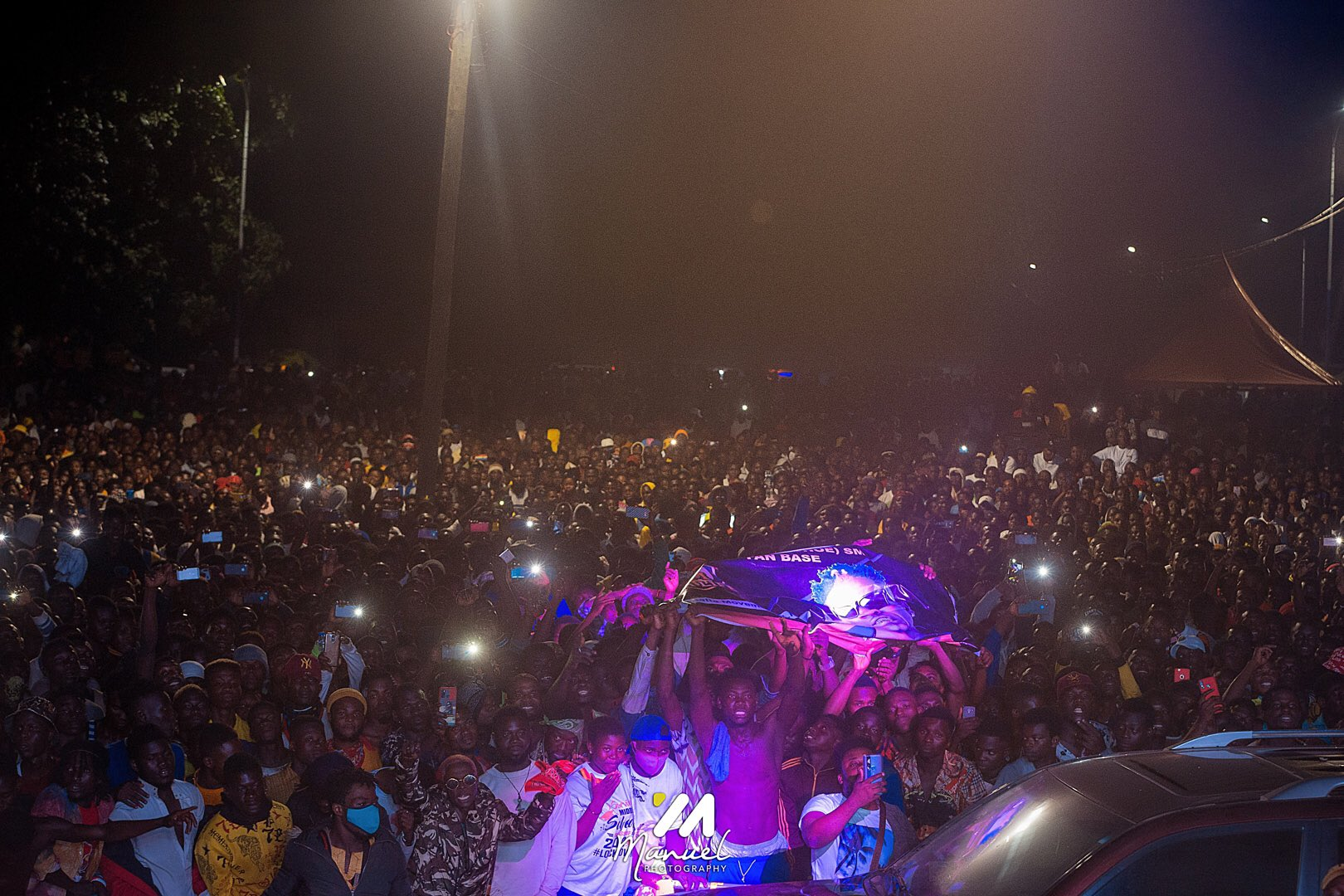 MP-elect for Hohoe, John Peter Amewus' victory party in 2020 December: Mammoth crowd at Hohoe as Shatta Wale performs | Adomonline.com