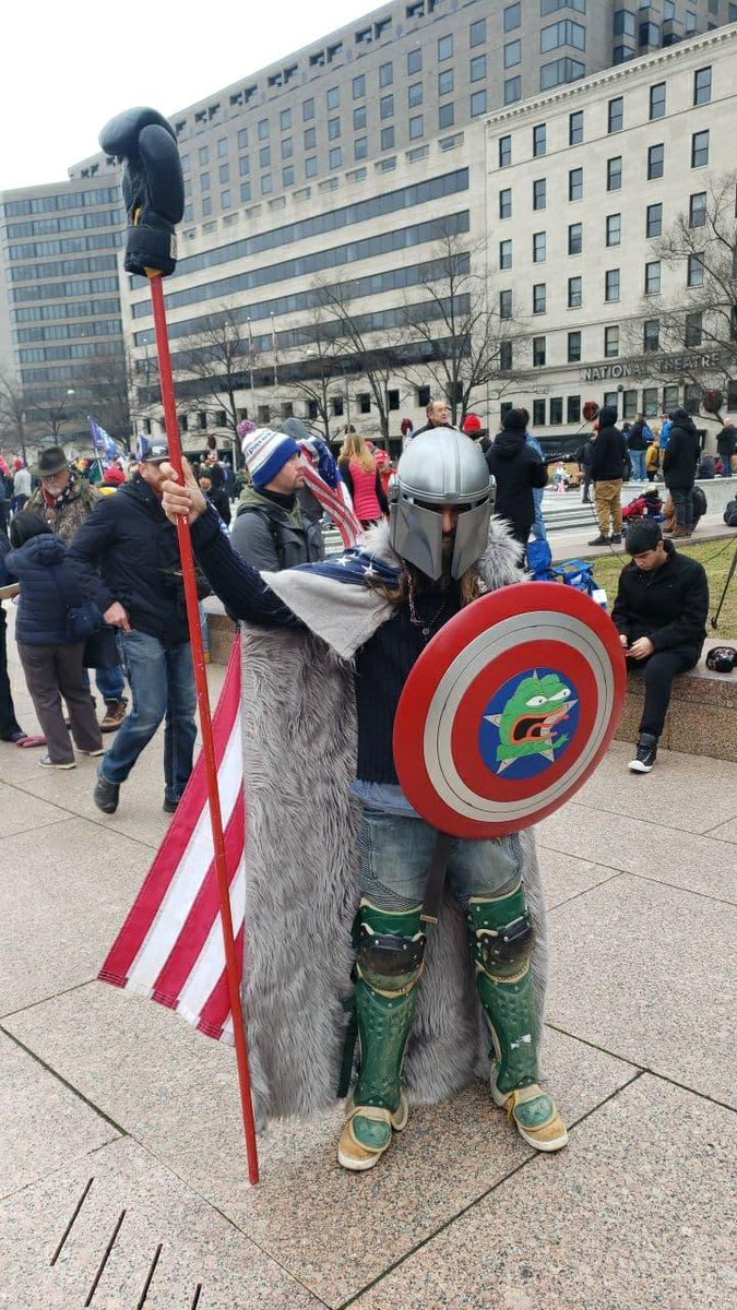 We've got photos coming out of Trump supporters in Washington already, including this guy https://t.co/C7abemXoVD