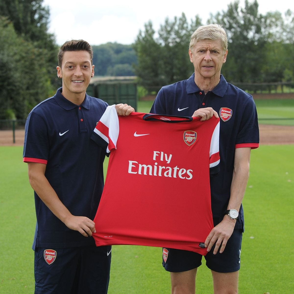 Words genuinely can't express how sad I am right now but all good things must come to an end. At the end of the day i'm happy that someone like Ozil came to play for my club and I am fully grateful for his service over the years.   Hope he does well wherever he goes ❤️❤️