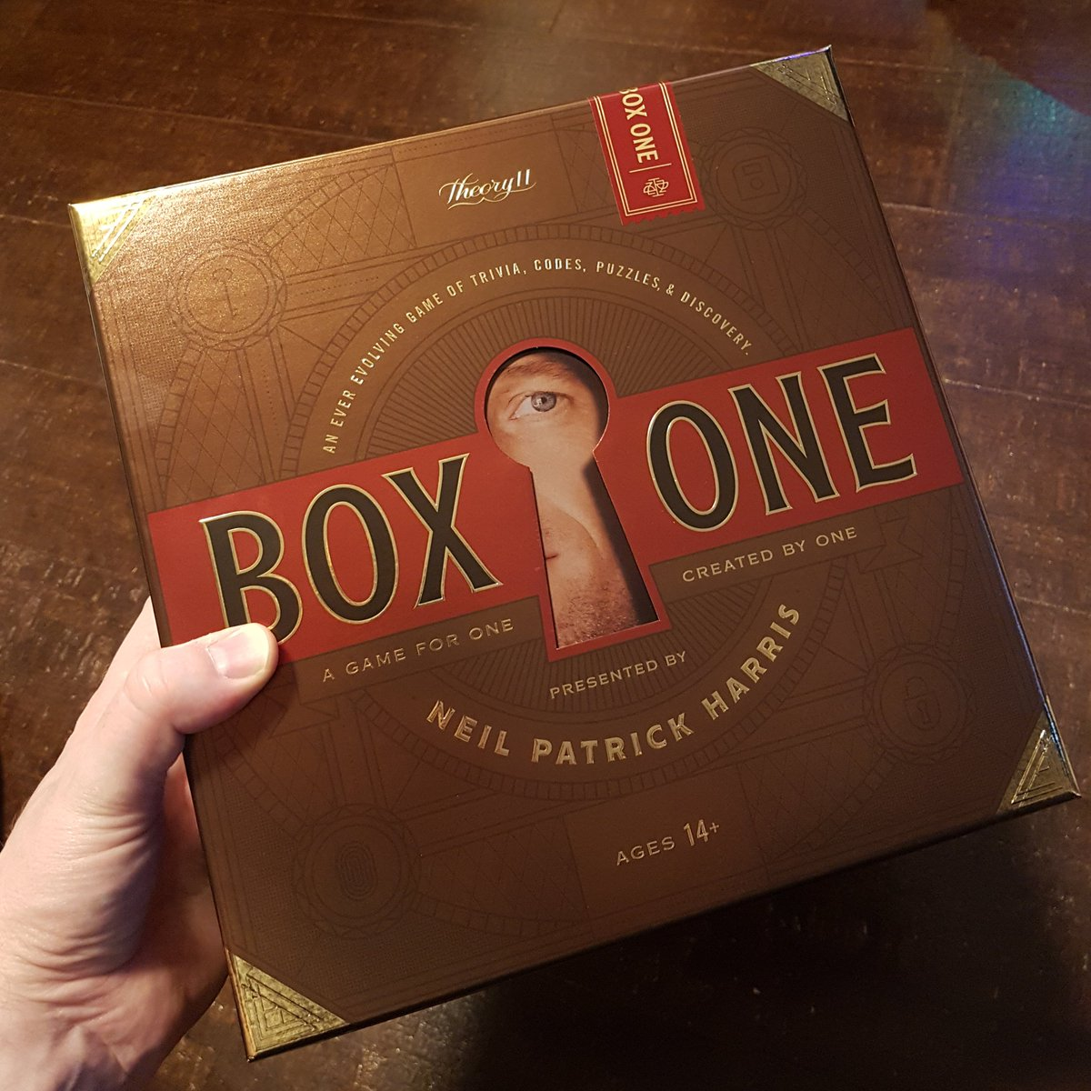 Late X-mas gift! @bitwhizzle conspired w her NYC cousins & managed to get the last copy of @ActuallyNPH's #BoxOne in the North East US & got it shipped to ME in 🇨🇦🇨🇦! Really excited! Better late than never... THANK YOU! cc @chrisramsay52