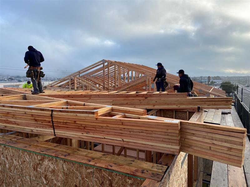 Today is the first day back on site in the new year!  Our crew is starting off strong - installing trusses on our 6 unit development in Daly City. 🏘️🏘️ Affordable home construction remains an essential service and we are proud to continue our critical work in 2021! https://t.co/wU3ttBOBQU