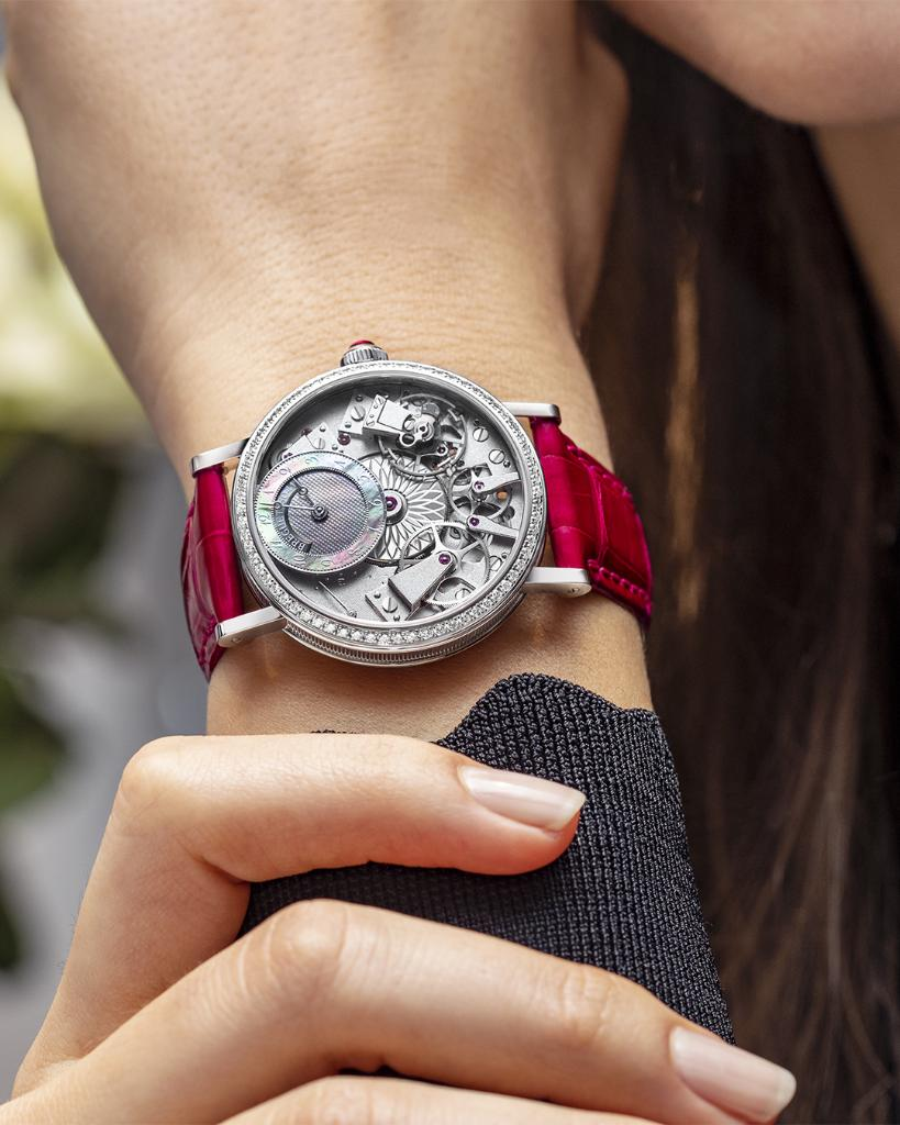 Discover our collections :  #ref7038 #TraditionCollection #BreguetTradition
