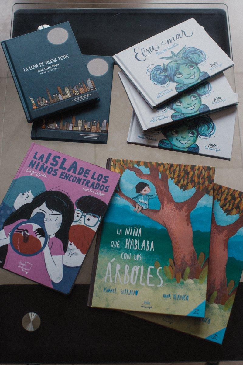 Hoy empezamos a recorrer un camino junto a @MueveTuLengua_  acercando la lectura a niños y niñas que viajaran a través de las letras de libros tan bonitos como estos. Gracias por formar parte de los #AmigosFIC