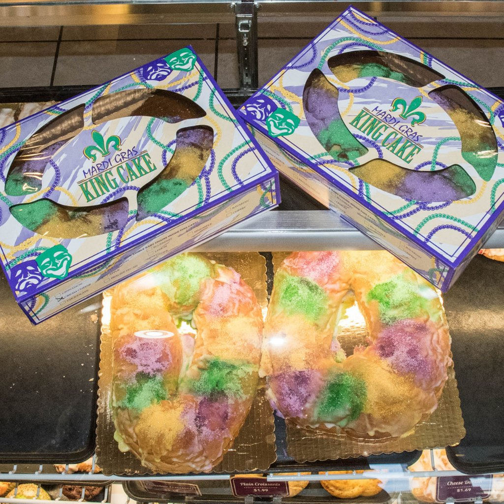 #CarnivalMardiGras season officially begins with the Feast of the #Epiphany on January 6th. Place your #KingCake order today!    #TastyPastry #MardiGras