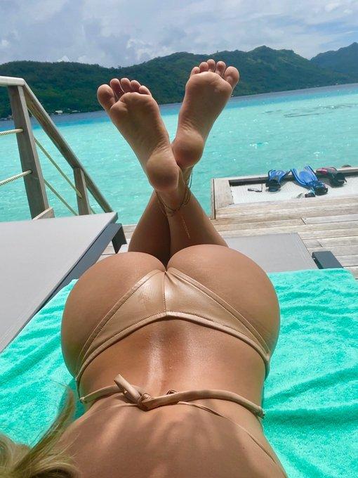 3 pic. Ughhhhhhhh, mine own self   #FootFetish #SexyFeet #FootFreak https://t.co/1X7MSRADni