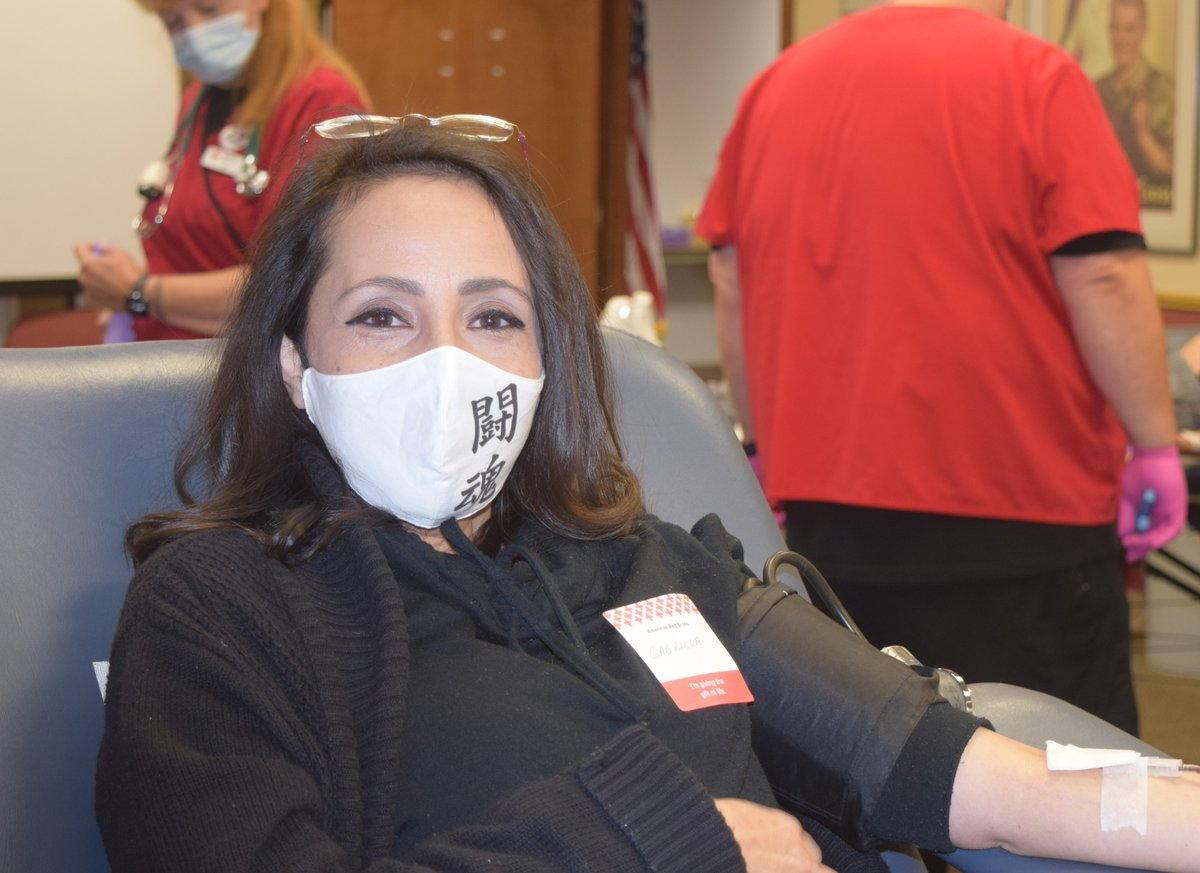 Blood donations decline during the holidays. #GiveWithMeaning at the @nbc4i @979WNCI #BloodGiveIn Wednesday, Jan. 6 at #ColumbusAirport @Marriott! Free T-shirt & gifts from @SUBWAY @Graeters @nothingundt @midas! Details: