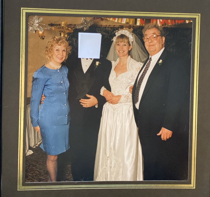 4 pic. ❤️ I was married 👰 🎩 25 years ago today, in my home town of Saltash, Cornwall 🇬🇧  I can't show