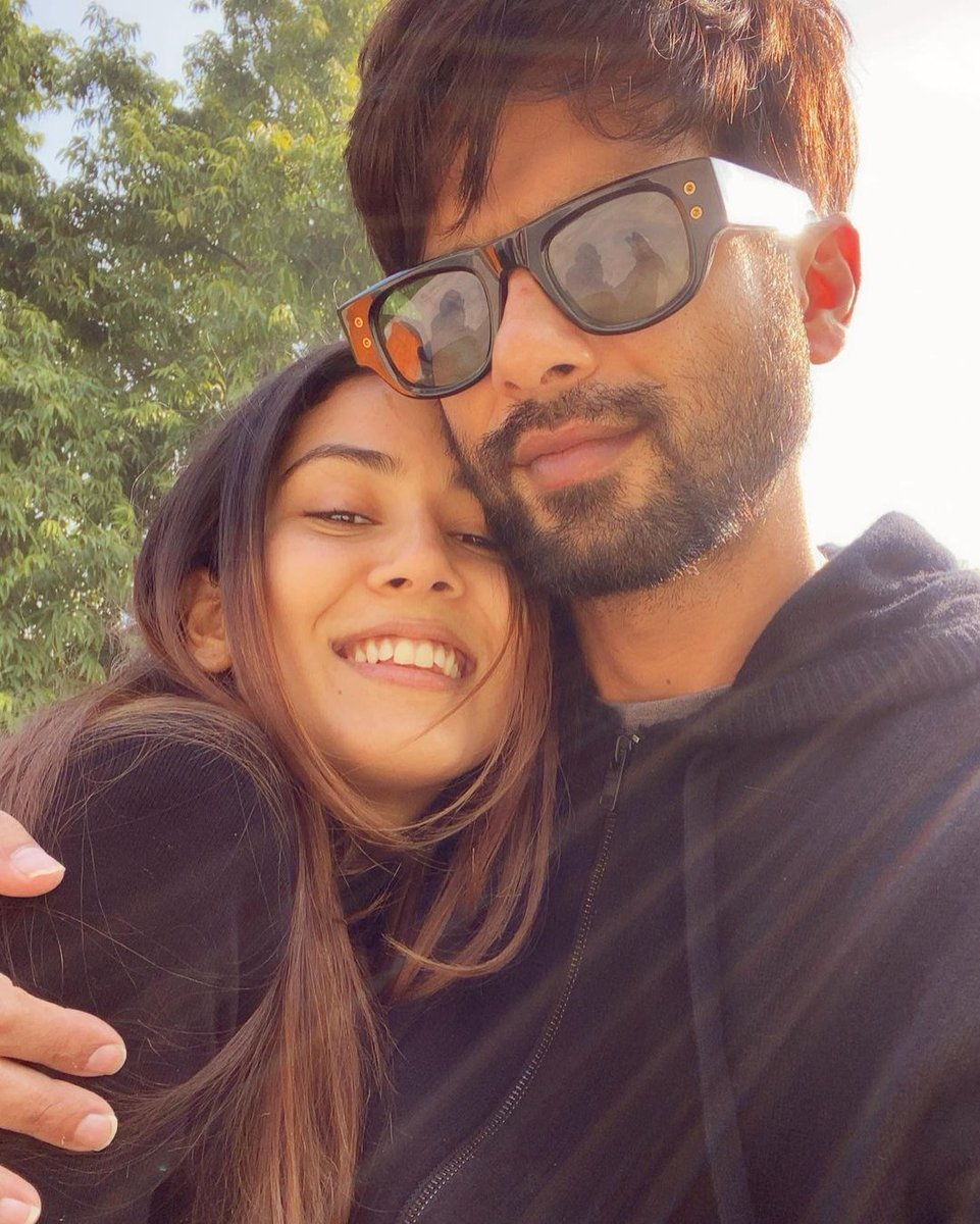 "INSTA POST by beautiful #MiraKapoor 😍❤️  ""I love you"" Gorgeous Couple 💗💕  #ShahidKapoor #Shanatics"