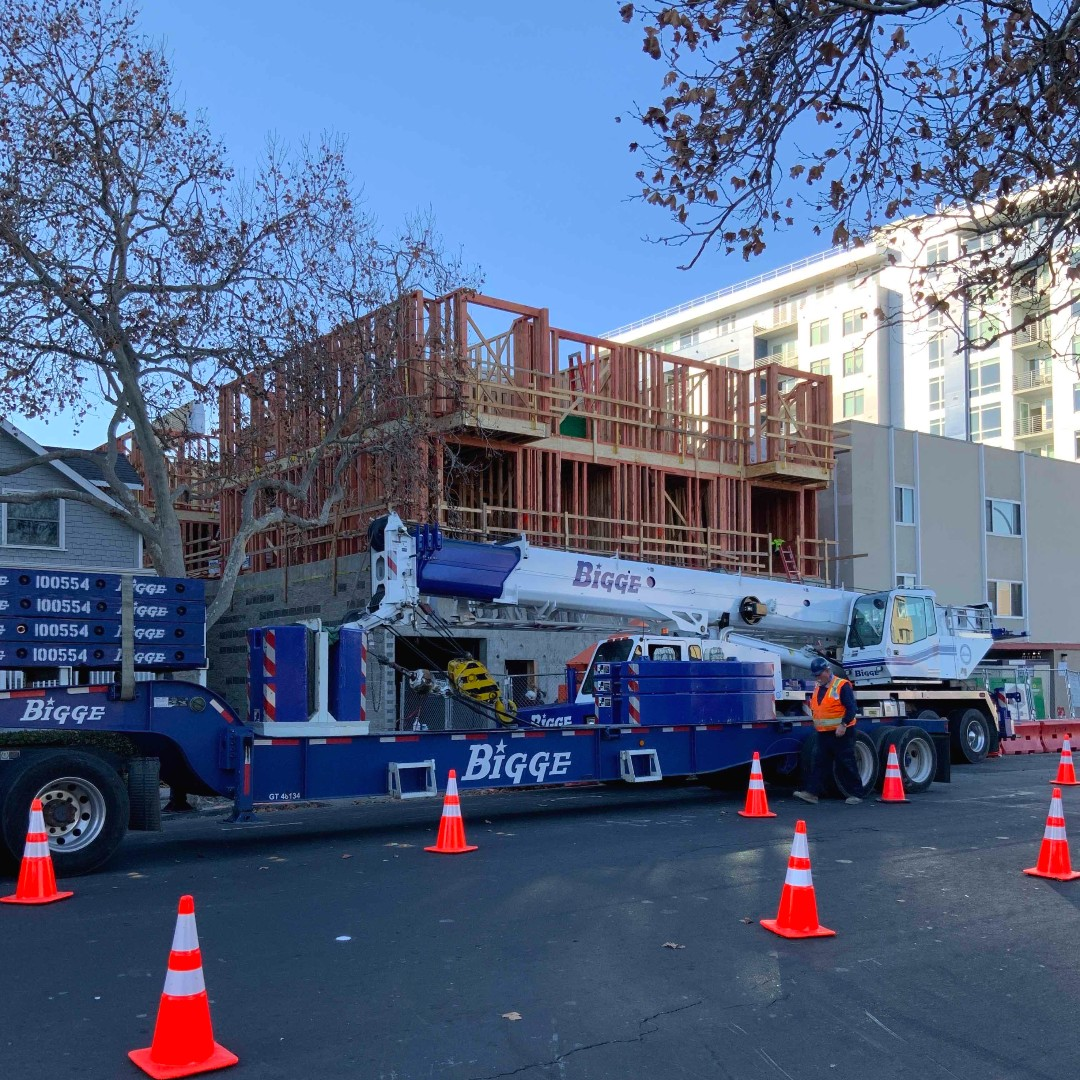 We have *Bigge* things happening at our 20 unit development in Downtown Redwood City!  We've completed framing on the first 3 floors and we're onto the 4th. Join us before the end of year to support #affordablehousing in our region: https://t.co/YzioCj6EBE https://t.co/9fqRbzGcLD