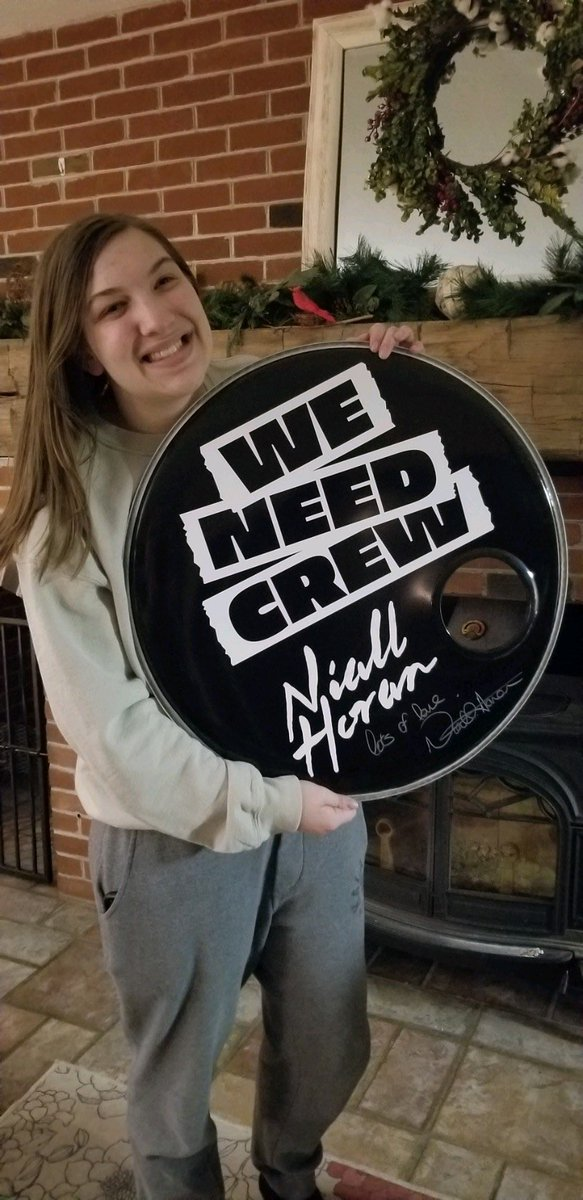 Life's been rough lately, could not be happier or more appreciative to have won one of Niall's drum heads. I'll support him forever and ever. Lots of love Niall. Thank you to both @NiallOfficial & @WeNeedCrew