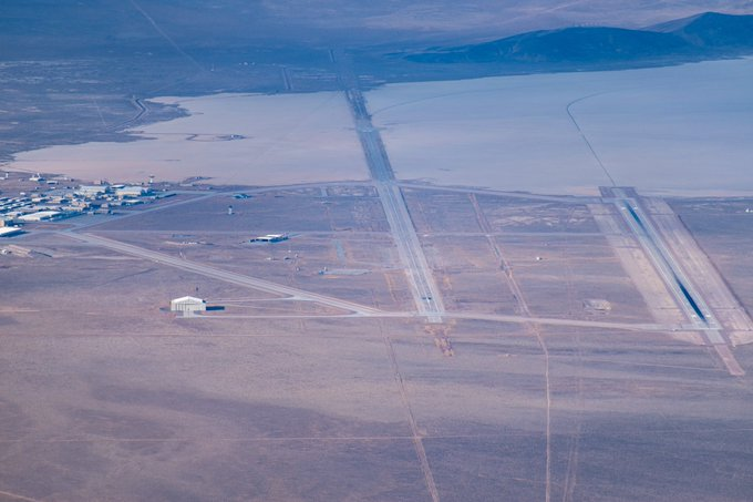 New aerial photograph of Area 51 emerges Eqg4f8RU0AA-OZ_?format=jpg&name=small