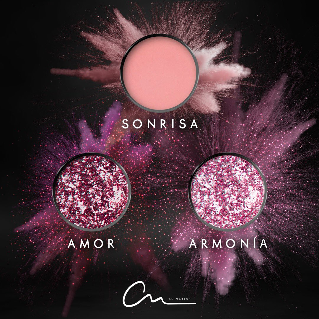 New Year Mood✨ #MIAPALETTE 💝 Sonrisa 💝 Amor 💝 Armonia #anmakeup1111 #BecomeYourDream @anahi . . . . . . #makeuplovers #makeupartists #makeupdreamers #makeup #eyeshadows #anahi