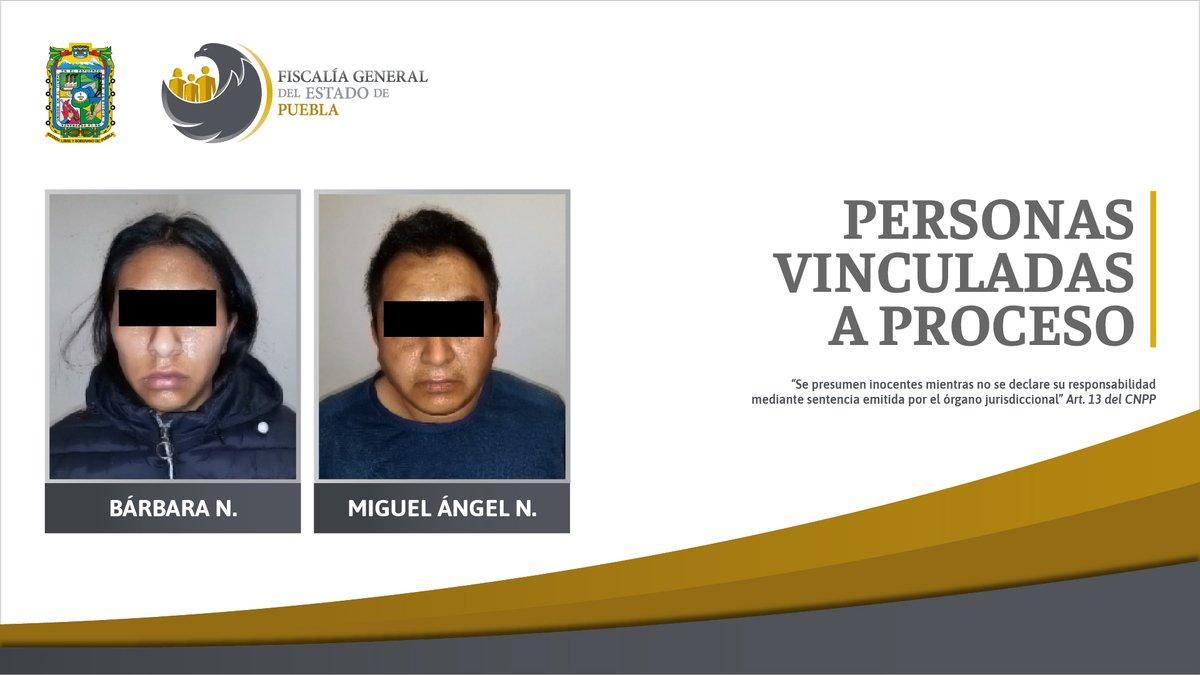 Bárbara N. y Miguel Ángel N. fueron detenidos en Amozoc, luego de que presuntamente dispararan contra agentes de la @FiscaliaPuebla para intentar evadirse; en los hechos se aseguraron drogas, un arma de fuego y 6 vehículos.   Más información: