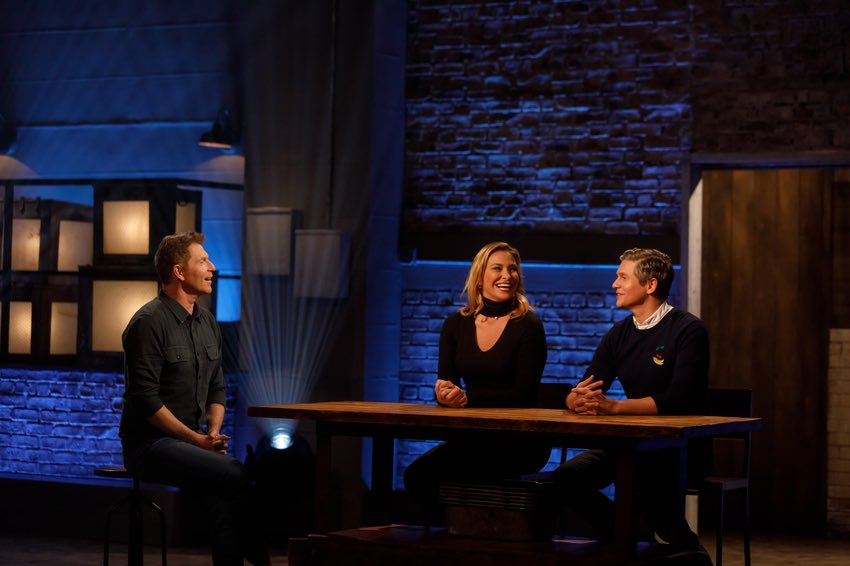Don't miss tonight's all new #BeatBobbyFlay...with @donatellaarpaia and @Davidburtka ...@FoodNetwork at 10pm EST. https://t.co/O0ZdJ38TWo