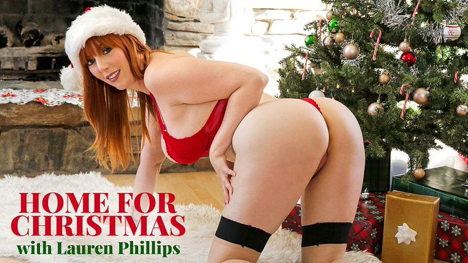 Can i be your #Christmas present all yr?   - https://t.co/yhhBa6H1uH -   @TheRubPR @nexxxtlevel @LoveMoreCash1