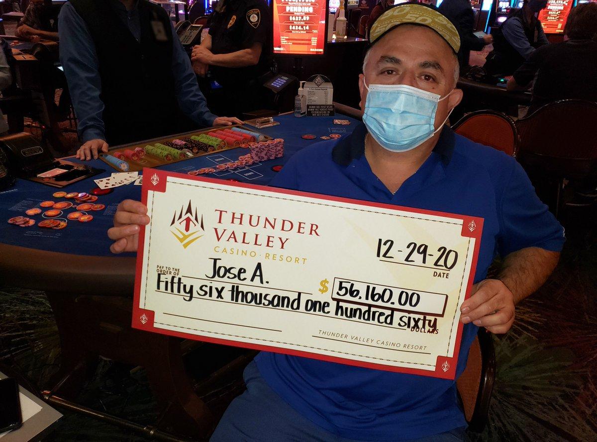 Jose closed out the year last night with a $56,160 Stax Progressive jackpot on Criss Cross Poker. Congratulations, Jose!🃏 🎉 💰🤑