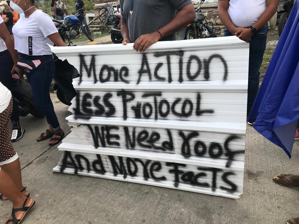 Desde #SanAndrés se escuchan las voces de respaldo a nuestros hermanos en #Providencia qué siguen tener condiciones dignas luego del huracán Iota. Únete a esta protesta pacífica  #ProvidenciaRenace #FiProvidence #SOSSanAndresyProvidencia  #enprovidencianosestamosmojando