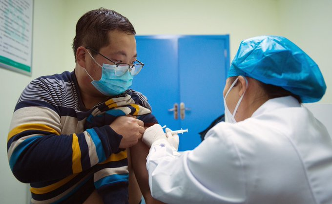 China's emergency use of #COVID19 vaccines has expanded to a larger scale. It mainly targets groups of people with higher risks of infection #ChinaFocus