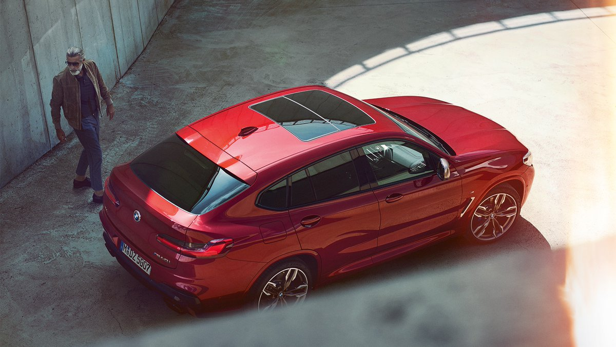 Don't look back. The greatest things are ahead of you.  #TheX4  The #BMW X4 M40i. Fuel consumption (combined): 8.2–7.8 l/100 km. CO₂ emissions (combined): 186–178 g/km. https://t.co/twXzMrWMl3 https://t.co/4xwpLLZ4gM