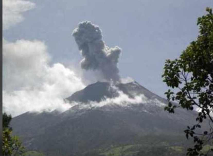 CDEMA continues to monitor volcanic activity at La Soufrière St Vincent