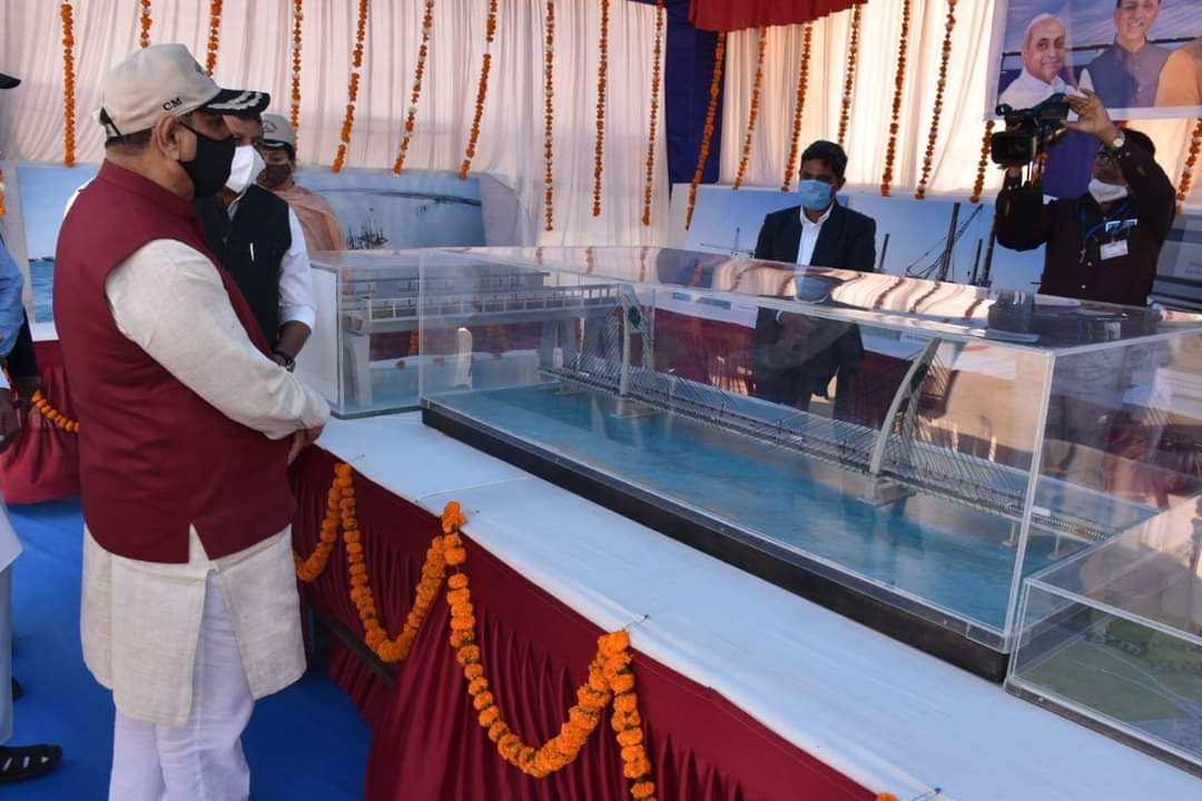 In pictures: Chief Minister reviews under-construction Sea bridge to Bet Dwarka on site