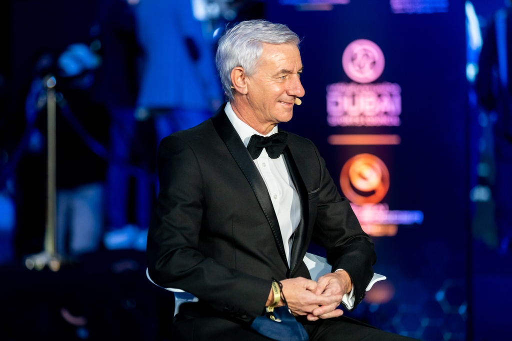 📸 Captured moment with Liverpool legend @ian_rush9 at the 2020 Dubai #GlobeSoccer Awards