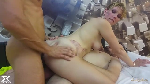 For all my fans, new content up on PornhubModels: https://t.co/IOcS1xSO63 https://t.co/j0u35FfCkU