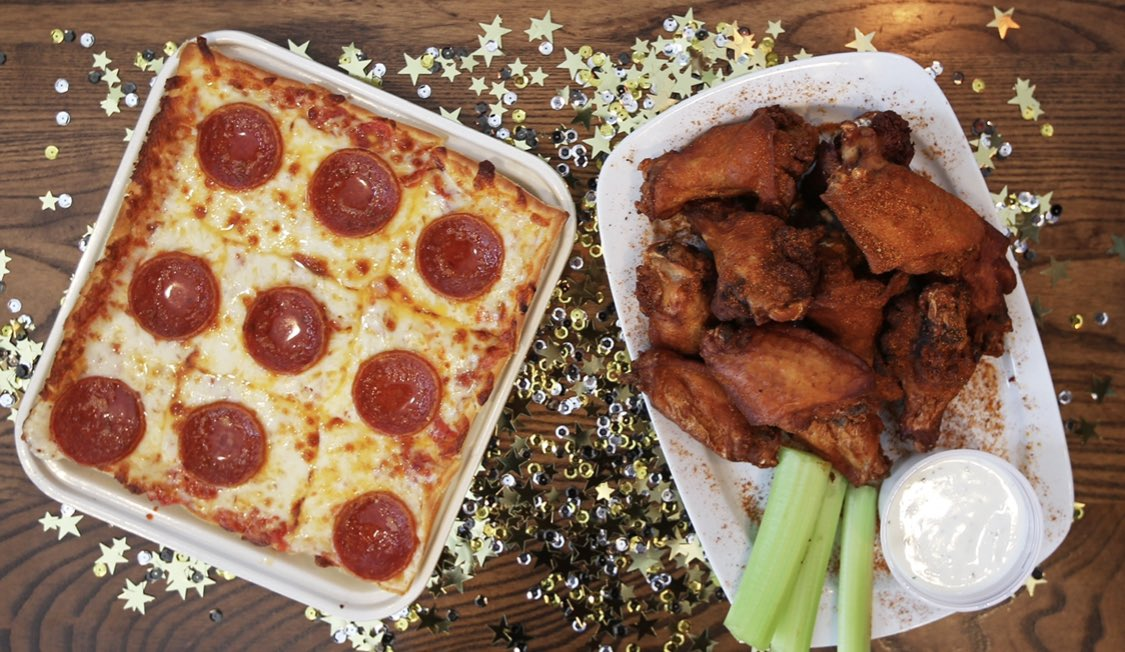 🎉 New Years Eve GIFT CARD GIVEAWAY 🎉  RETWEET & FOLLOW to be entered to win a $50  #LEDOPIZZA GIFT CARD!   1 winner picked at 10pm on 12/31/20  🎊 Ring in the NEW YEAR at Home with Ledo Pizza Carryout! 🎊  Order Online: