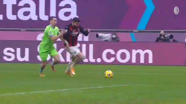A true test of our mettle: #MilanLazio, what a match, what a curtain closer to 2020 🔚🗓️💫 Brought to you by @skrill   #SempreMilan https://t.co/KFkhWuf237