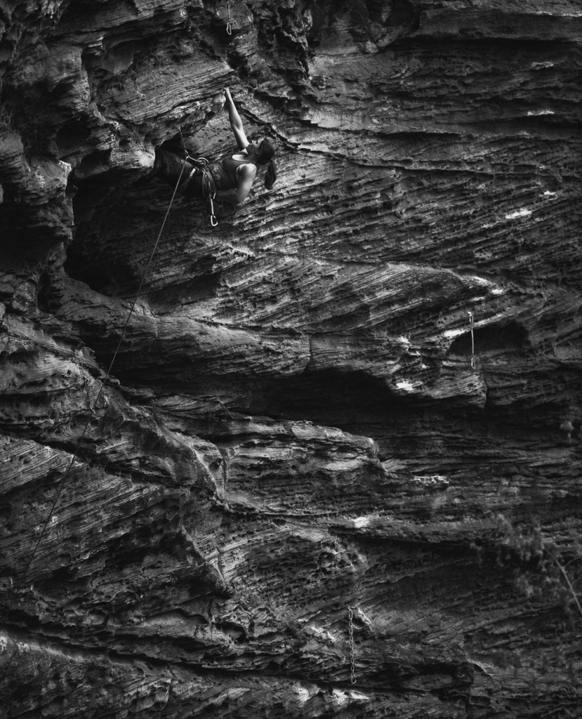 Girl Power!!! . . . . #rockclimbing #climbing #lead #trad #mountain #outdoor #climbingquebec #climbing_pictures_of_instagram #climbing_is_my_passion #rockclimber #rock #rockclimbing #quebec #mecoutdoornation #petzlgram #metolius #climbingmagazine #tryhard #tradisrad… https://t.co/jvryBY3xxg
