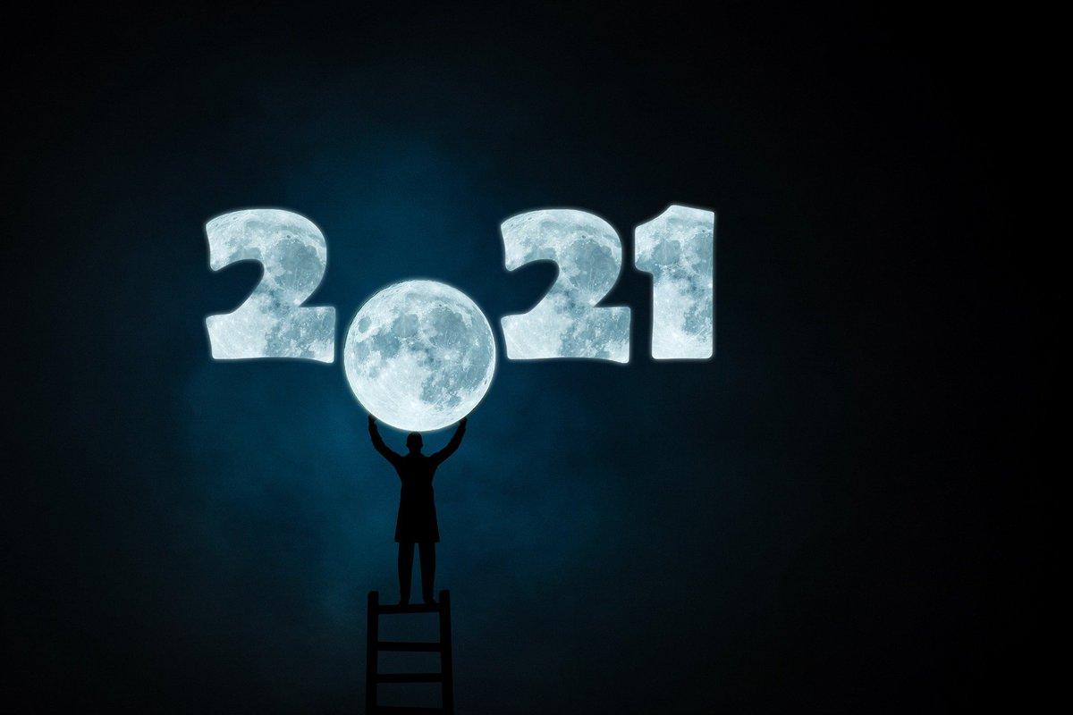 ¡¡Feliz Año Nuevo 2021 a todos!! @Tus_Arreglos  #tusarreglos #Reparacióndecalzdo #cerrajería24H #aretesaniaencuero #arreglosderopa #persinas #mosquiteras #mandosdegaraje #coches #copiadellaves #tienda #navidad https://t.co/FShQUS8qLD