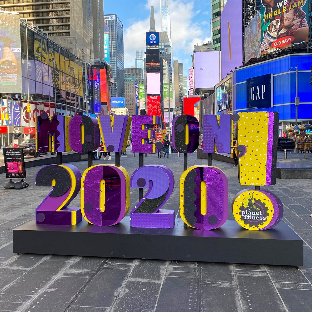 2020 is almost over! 🎉⁣ ⁣ Check out one of the ways @PlanetFitness is ringing in the new year with their amazing art installation at Times Square!!