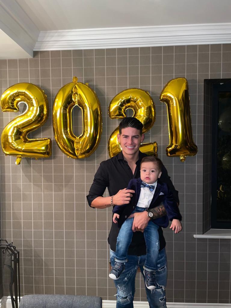 Feliz año para todos. Les deseo mucha salud y bendiciones para el 2021.