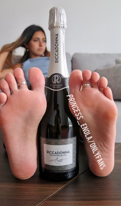 1 pic. I bet you would love to drink this with me tonight...  What about drinking it from my feet? Wanna